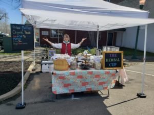 festival market vendor organic tea paleo food